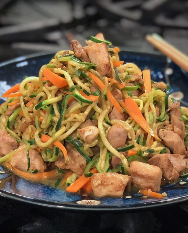 Zucchini Noodles with Chicken and Garlic